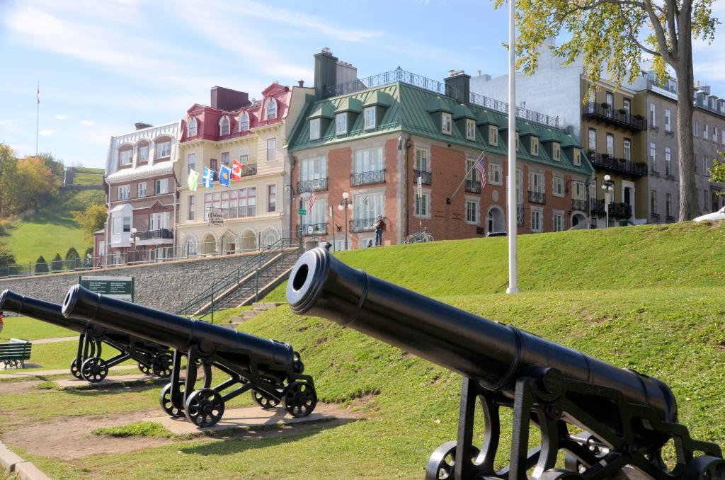 Québec City is 400 years old. It boasts four centuries of history marked by encounters with the First Nations, battles between the French and English, terrible epidemics, and long periods of time serving as the center of trade and exploration for a huge region. These cannon protected the city from possible attack by any army approaching via the St Lawrence River.
