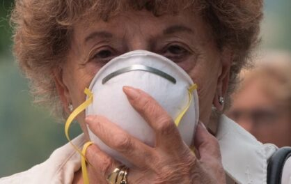 Air pollution hurts Canadians' life expectancy
